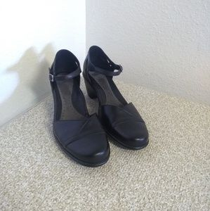 Dansko Roxy Black Leather MaryJane Shoes